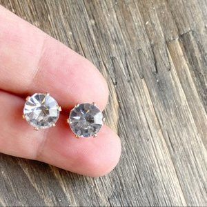 SOLITAIRE DIAMOND BIG STUDS EARRINGS SET